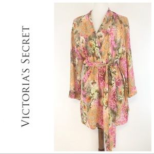 Victoria's Secret Belted Floral Robe With Pockets